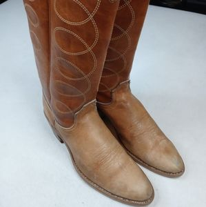 Acme women's western brown leather boots sz 7.5A.